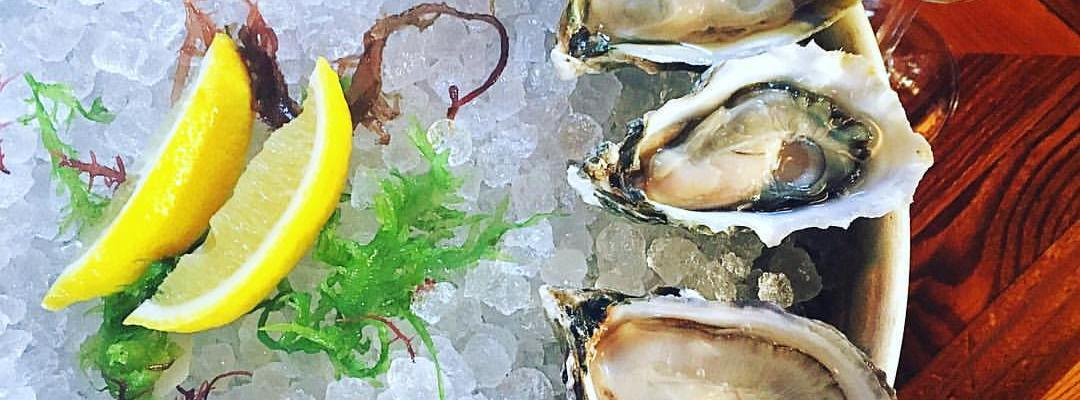 Kimball House Oyster Happy Hour