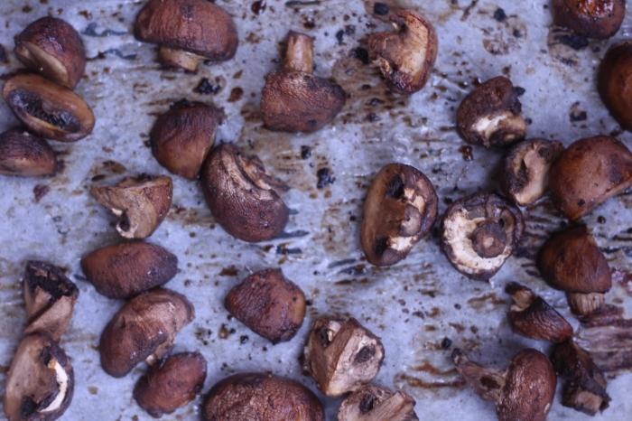 Roasted Mushroom Farro Salad Recipe
