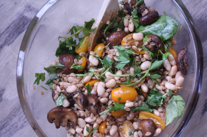 Super easy farro salad with roasted mushrooms!